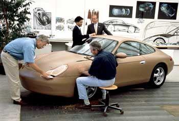 Auto-Tüftler: Über 2300 Mitarbeiter arbeiten im Porsche-Entwicklungzentrum