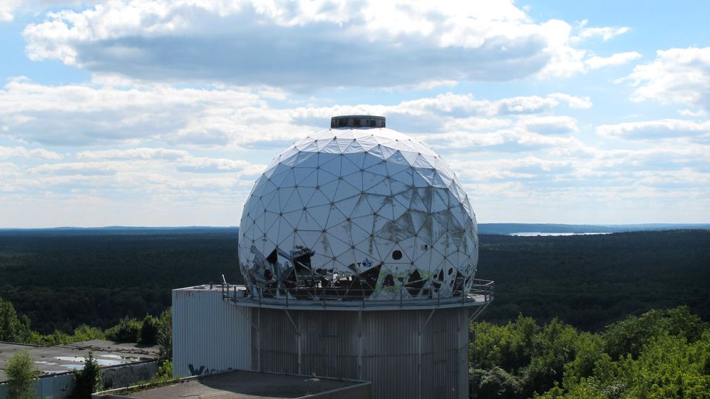 Station der Spione: Unterwegs auf dem Berliner Teufelsberg