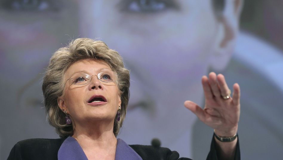 Ohne deutsche Unterstützung wohl auf verlorenem Posten: EU-Kommissarin Viviane Reding will dennoch weiter für die Frauenquote kämpfen