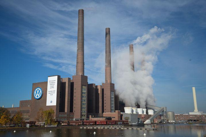 Volkswagen-Museum in Wolfsburg: Der heutige Firmensitz liegt an einer Autobahnausfahrt am Stadtrand