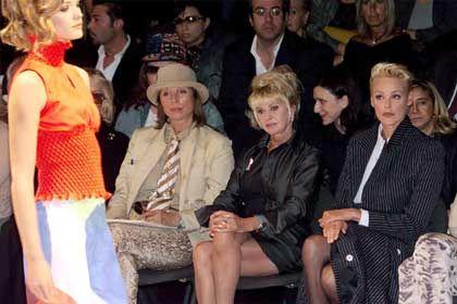 Drei mit scharfem Blick: Elsa Martinelli, Ivana Trump und Brigitte Nielsen