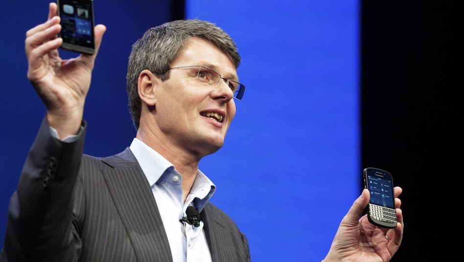 Nicht mehr viel zu lachen: Blackberry-Chef Thorsten Heins plant eine drastische Schrumpfkur für Blackberry