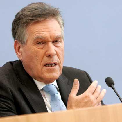 """Wirtschaftsminister Glos: """"Positionen liegen noch weit auseinander"""""""