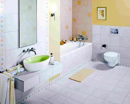 Pünktchen und Kacheln: Pastellfarben im Badezimmer