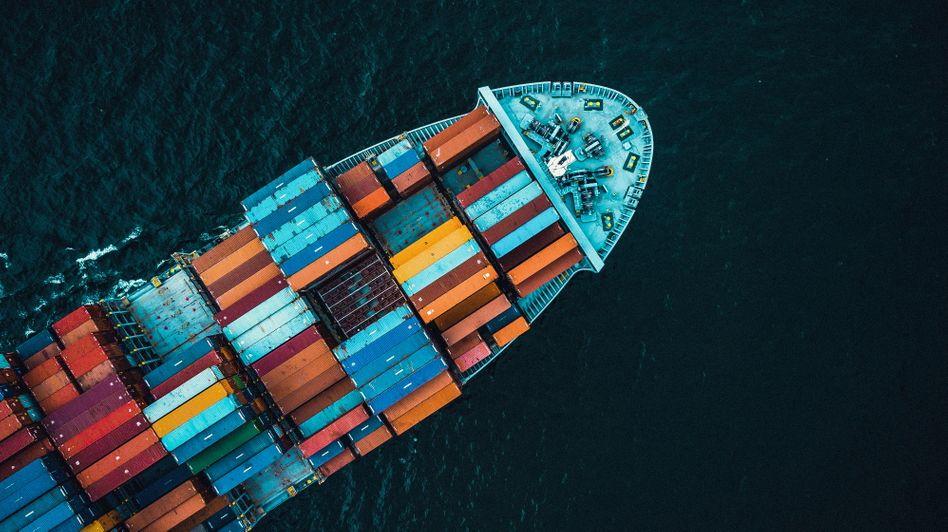 Umweltverschmutzer Containerschiff: Vier Milliarden Dollar jährlich für konventionellen Treibstoff