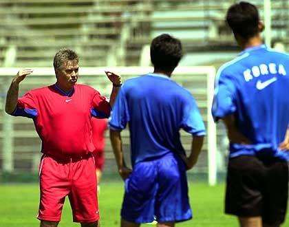 Setzt voll auf Disziplin: Koreas niederländischer Coach Guus Hiddink