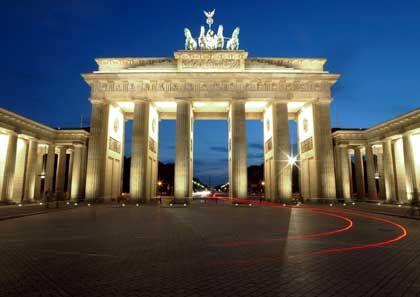 Brandenburger Tor: Berliner Reformen bringen Deutschland im Weltbank-Test unter die fünf reformfreudigsten Staaten der Welt