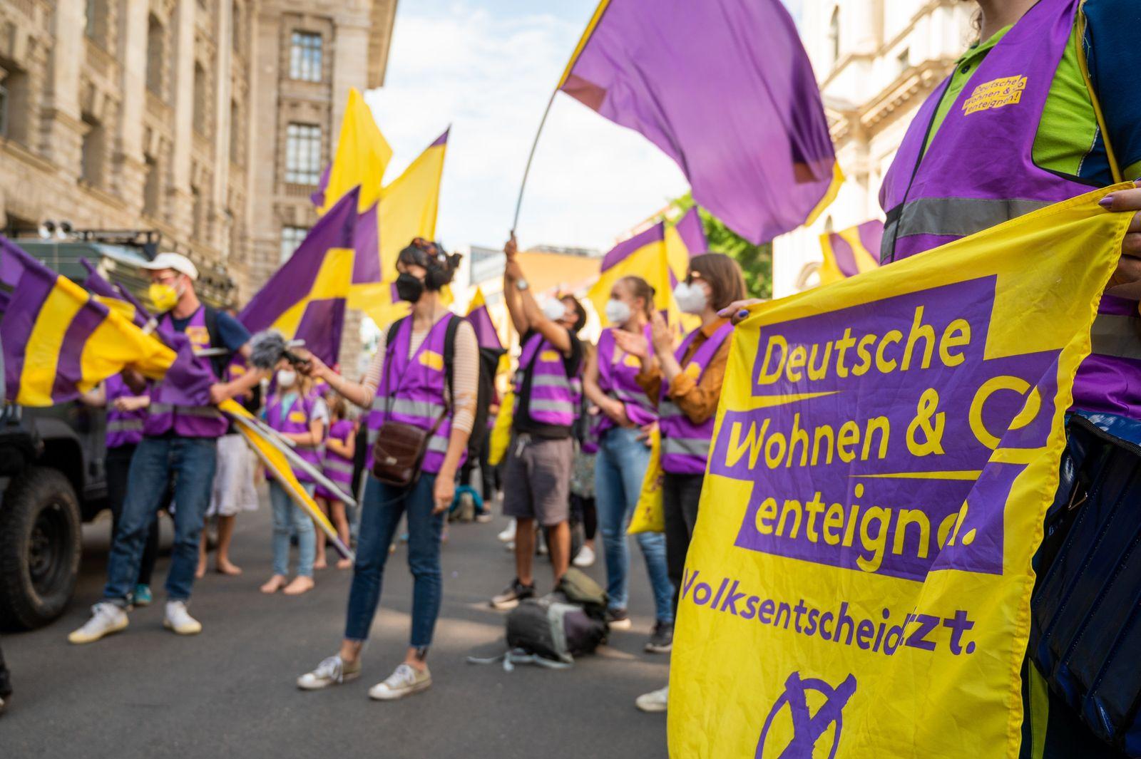 """Initiative """"Deutsche Wohnen & Co. enteignen"""" beendet Unterschrift"""