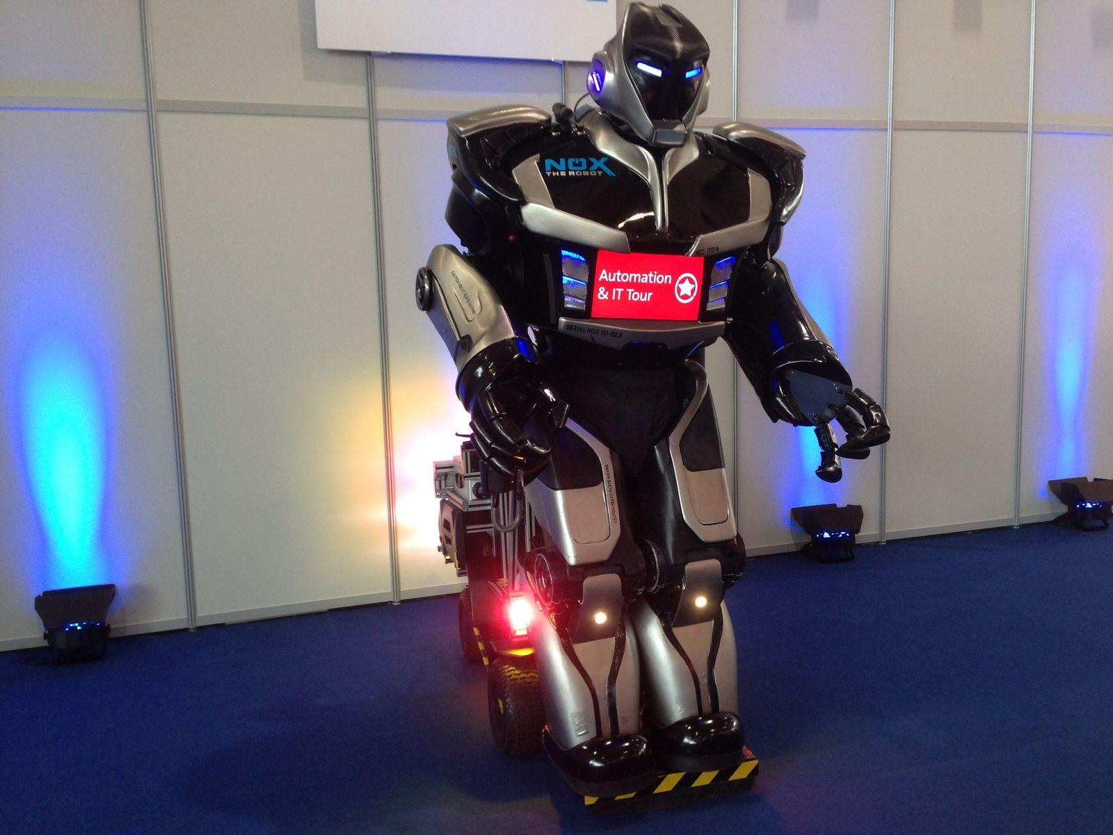 Roboter / Nox