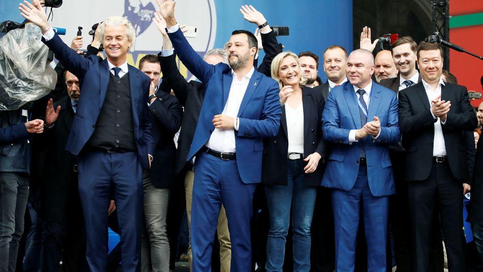 Geert Wilders, Matteo Salvini, Marine Le Pen, Veselin Mareshki Tomio Okamura (v.l)