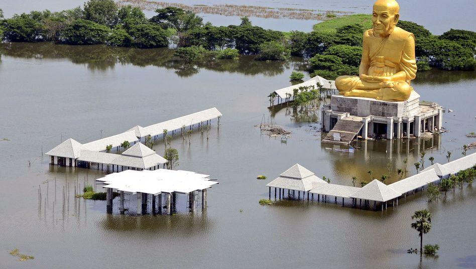 Unter Wasser: Vor zwei Jahren hatte ein Hochwasser Thailand schweren wirtschaftlichen Schaden zugefügt