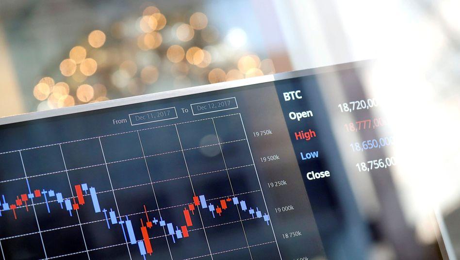 Bitcoin im Blick: Die Kurse vieler Krypto-Währungen zogen zu Beginn dieser Woche an, nachdem bekannt wurde, dass sich mit Blackrock die weltgrößte Fondsfirma mit dem Thema beschäftigt.
