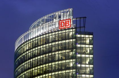 Hoch hinaus: Die Deutsche Bahn steigert vor ihrem geplanten Börsengang den Überschuss und will von den Kunden mehr kassieren