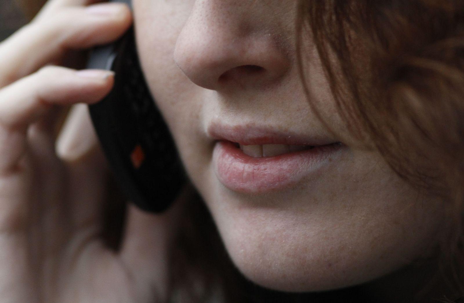 SYMBOLBILD Handy / Telefonieren