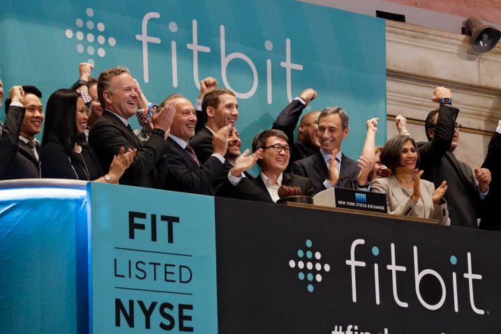 Fitbit ging im Sommer 2015 an die Börse. Zuletzt lief es nicht so gut für den Anbieter von Fitneß-Trackern