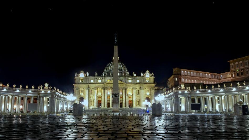 Petersdom in Rom: Weltweit sind Religionen auf dem Rückzug