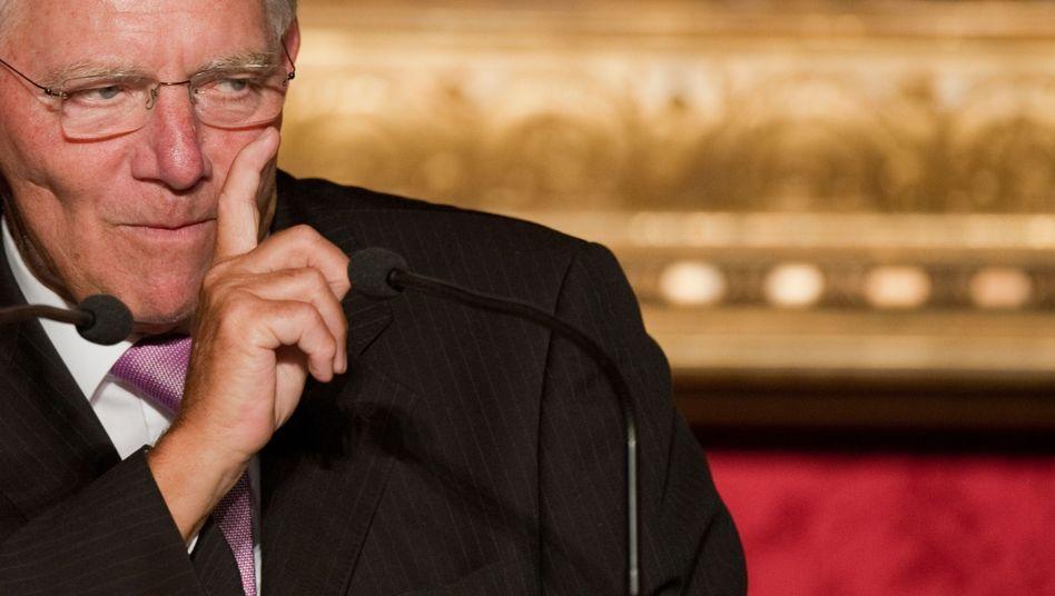 Finanzminister Wolfgang Schäuble: Will weiteres Steuerfluchtloch schließen