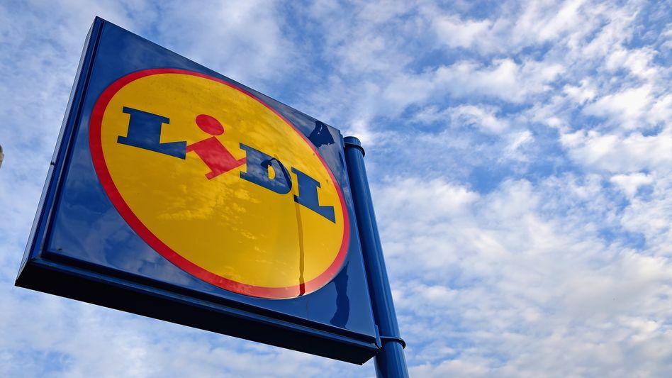 Lidl-Logo: Der Discounter will künftig alle seine Dienstwagen bei BMW statt bei Audi bestellen