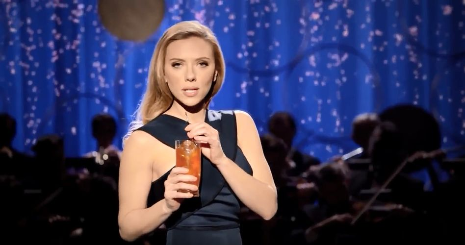 Lass es sprudeln: Sodastream-Markenbotschafterin Scarlett Johansson beim Super Bowl 2014
