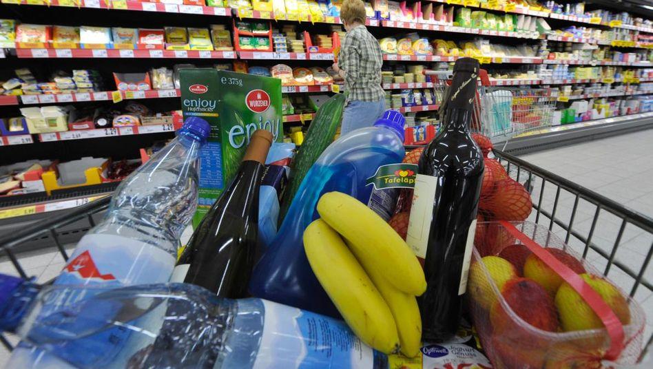 Volle Körbe: Der private Konsum in Deutschland spielt beim Wirtschaftswachstum zusehends eine größere Rolle