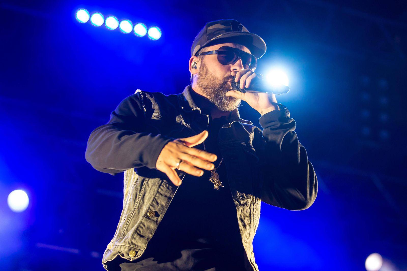 Der deutsche Rapper und Produzent Paul Hartmut Würdig alias Sido live beim 26 Heitere Open Air in Z
