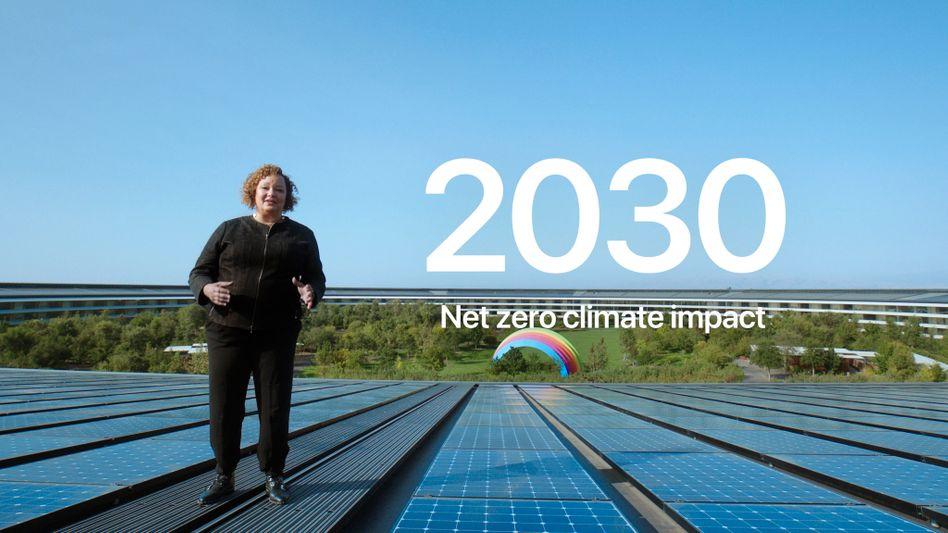 Das Ziel ist klar: Apple will bis 2030 komplett klimaneutral sein, sagt die für Umweltfragen des Konzerns zuständige Managerin Lisa Jackson