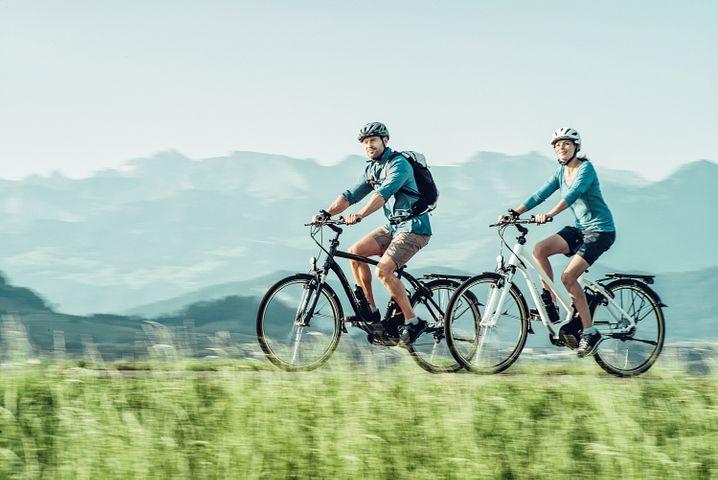 Trekkingräder sind echte Alleskönner und taugen für den Weg zur Arbeit ebenso wie für eine ausgiebige Radtour.