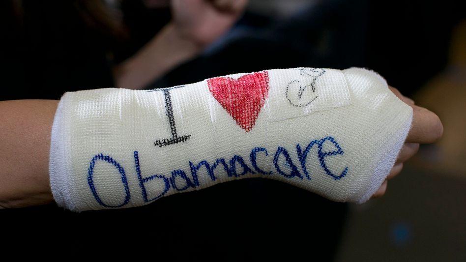 """Schutz im Krankheitsfall: Mit """"Obamacare"""" bekamen rund 20 Millionen Amerikaner neu Zugang zur Krankenversicherung"""