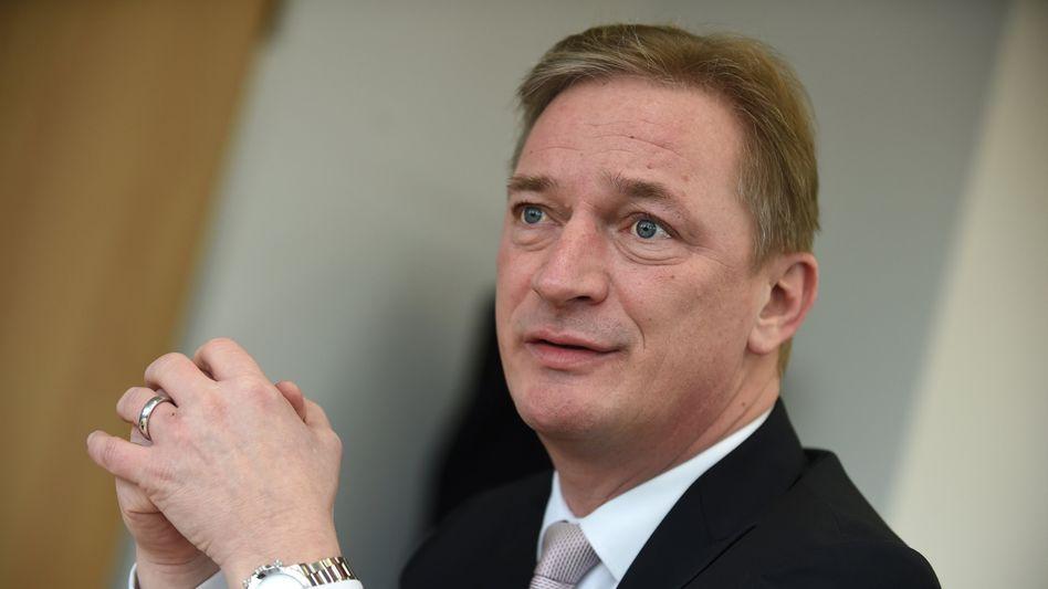 Rausgeworfen: Matthias Brückmann will gegen EWE klagen