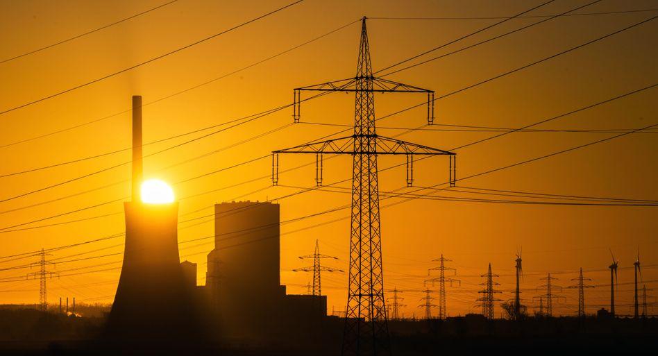 Steht meist still: Steinkohlekraftwerk Mehrum des tschechischen Betreibers EPH im niedersächsischen Landkreis Peine