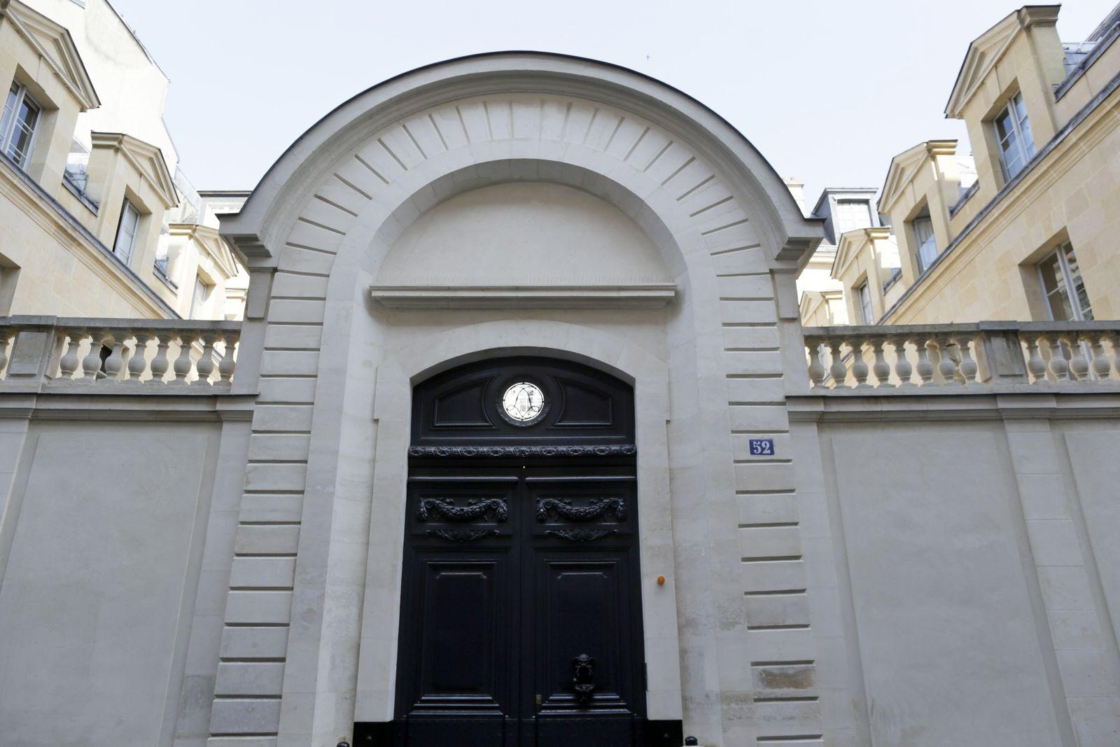 Paris / Villa / Bernard Tapie