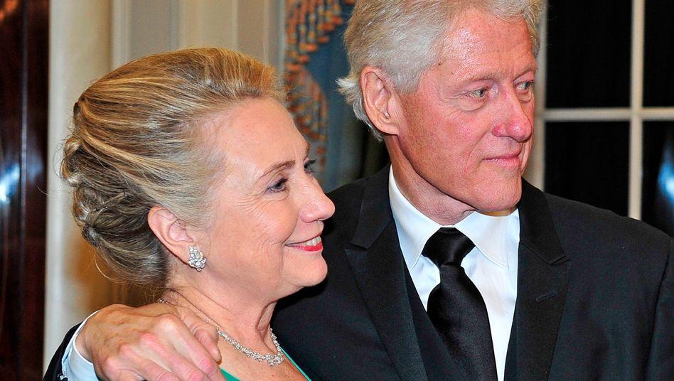 Nagen nicht gerade am Hungertuch: Hillary und Bill Clinton, derzeit Ex-Politiker