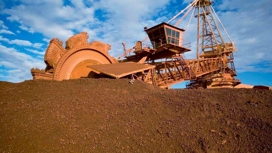 Abbau von Eisenerz in Port Hedland in Australien: BHP Billiton verdiente im abgelaufenen Geschäftsjahr knapp 2 Milliarden Euro - pro Monat