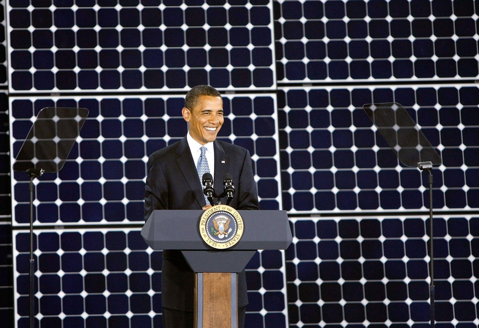 Obama / Solar-Panel