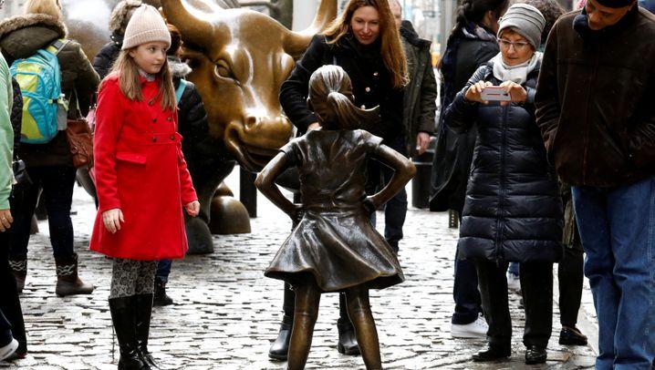 Neue Statue im Bowling Green Park: Ein kleines Mädchen bietet der Wall Street die Stirn