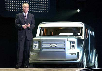 Kundenwunsch nach mehr passiver Sicherheit begegnen Ford-Kreativchef J. Mays mit der Synus-Studie