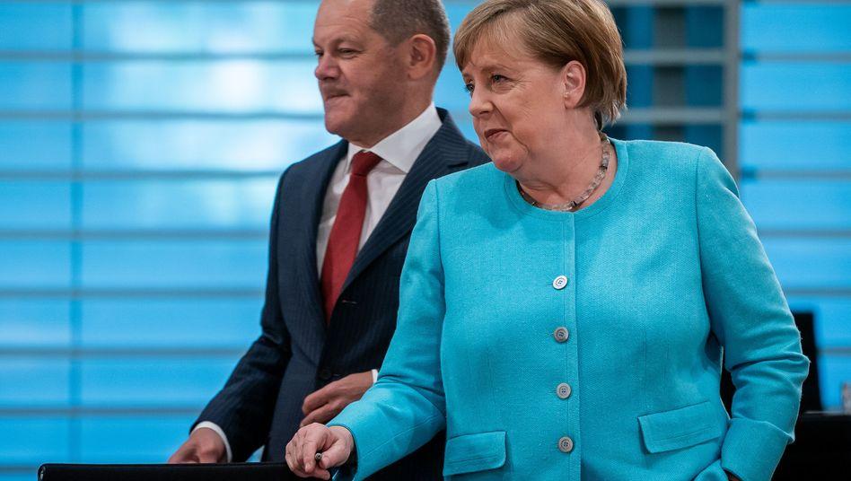 Bundeskanzlerin Angela Merkel und Bundesfinanzminister Olaf Scholz: Die Große Koalition hat ein Konjunkturpaket im Umfang von 130 Milliarden Euro beschlossen