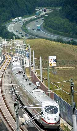 Gur geschmierte Trasse: ICE auf der Strecke Köln-Frankfurt