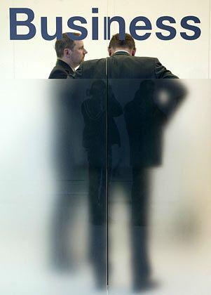 Manager unter sich: Chef sein macht einsam