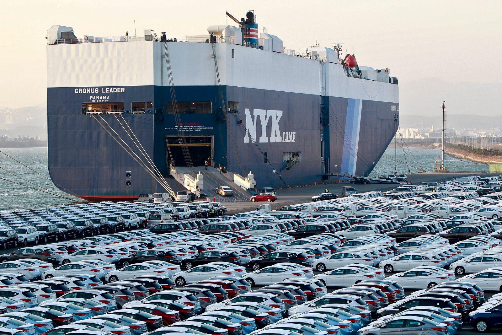 Hyundai reports record profits in 2012