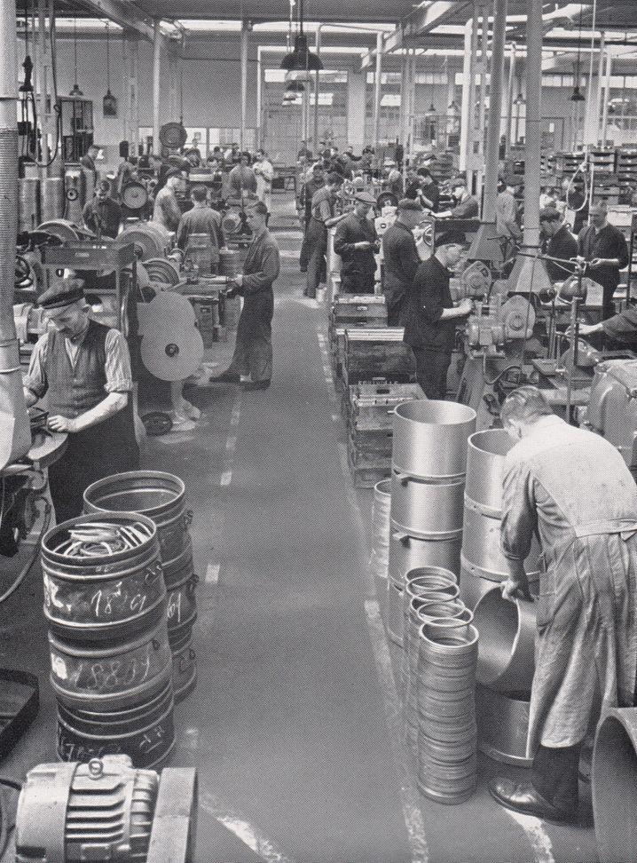 Conti-Werk in Frankfurt 1935: Der Konzern profitierte von geschätzt 10.000 Zwangsarbeitern