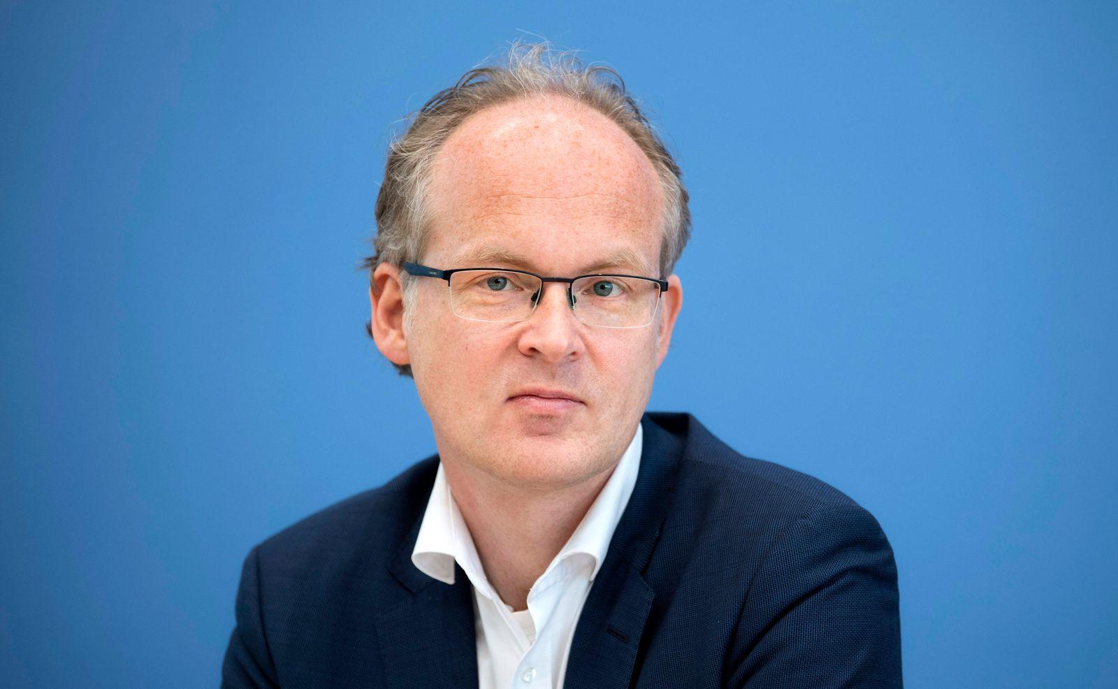 Prof. Sebastian Dullien DEU, Deutschland, Germany, Berlin, 25.05.2020 Prof. Sebastian Dullien, Institut fuer Makrooekono