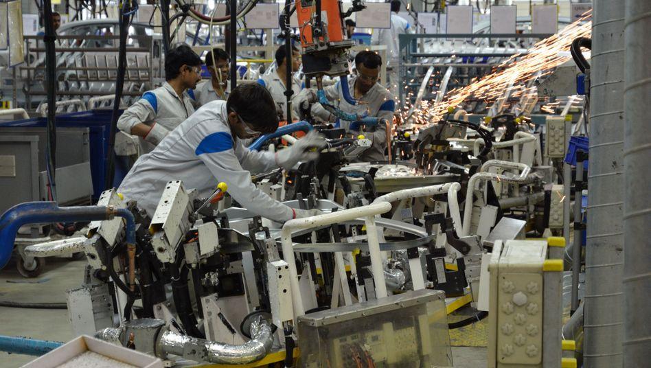 VW-Werk im indischen Pune: Hier soll die neue Kompaktlimousine auf Basis des Polo gebaut werden