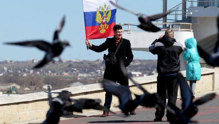 Sanktionen gegen Russen und Ukrainer: Die bestraften Milliardäre und Politiker