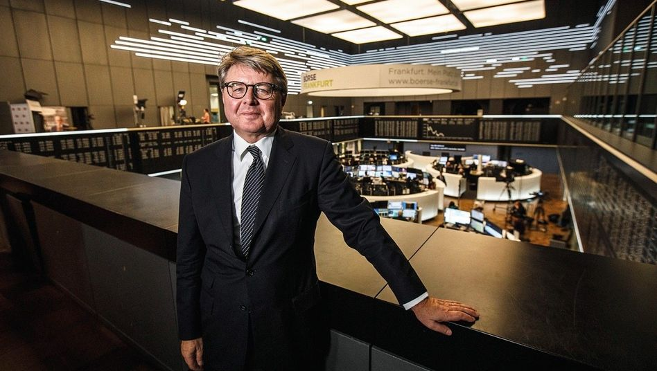 Guckt von oben drauf: Börsenchef Weimer