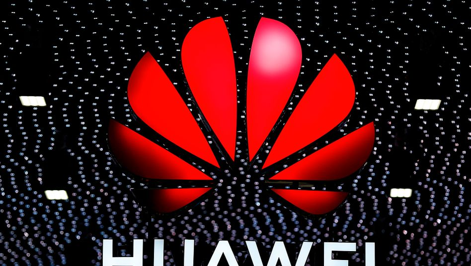 Huawei-Logo auf dem Mobile World Congress (MWC) in Barcelona