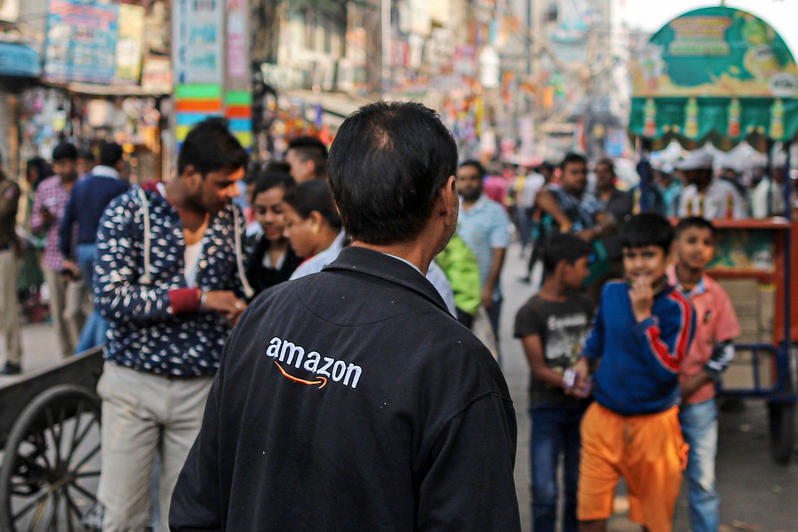 Amazon and Walmart Face The Ire Of 70 Million Indian Shopkeepers