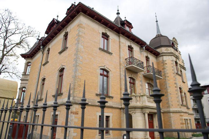 Der Sitz der Dresdner Finanzfirmengruppe Infinus, aufgenommen am 06.11.2013 in Dresden.