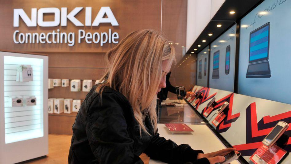 Nokia-Laden in Helsinki: Die Finnen überziehen die Konkurrenz mit neuen Patentklagen
