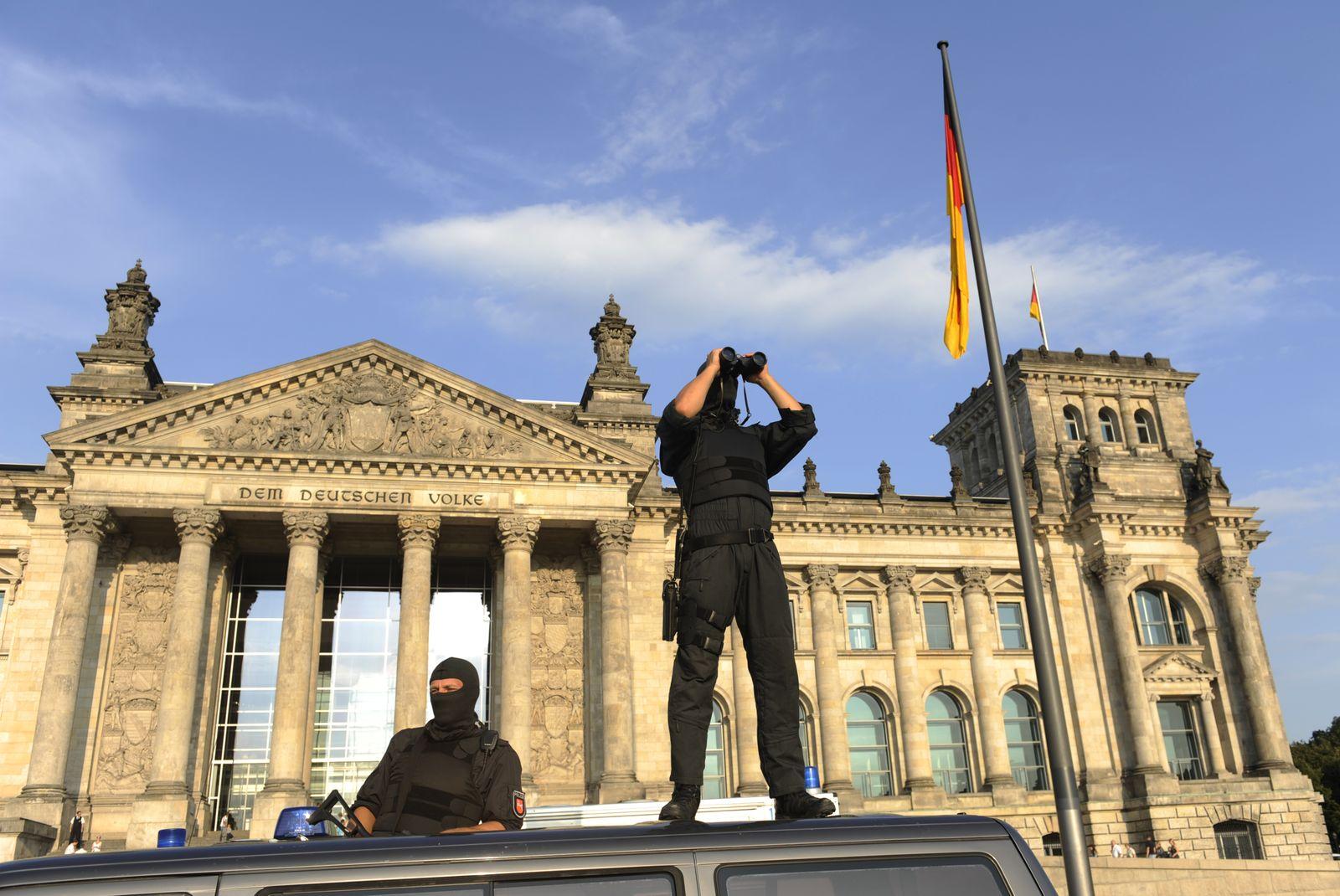 Reichstag / Polizei